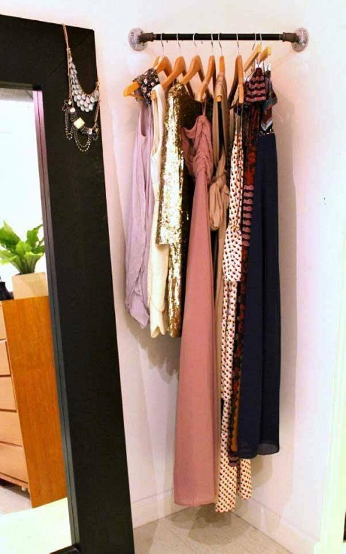 Amazing Cloth Hangers Storage Hacks