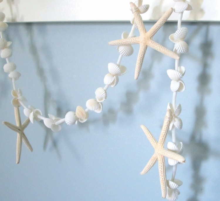 Beach House Decor Items: Decorative Seashell Hanging Ideas