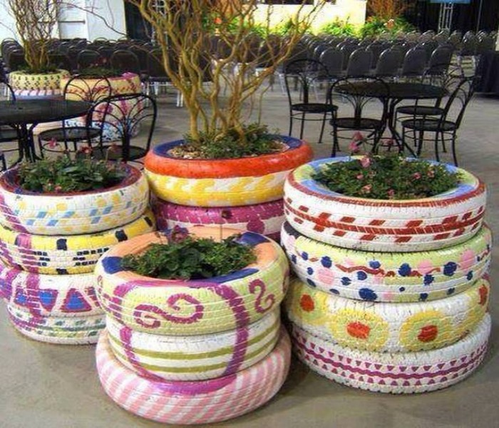 Decor Your Garden Using Used Tyre