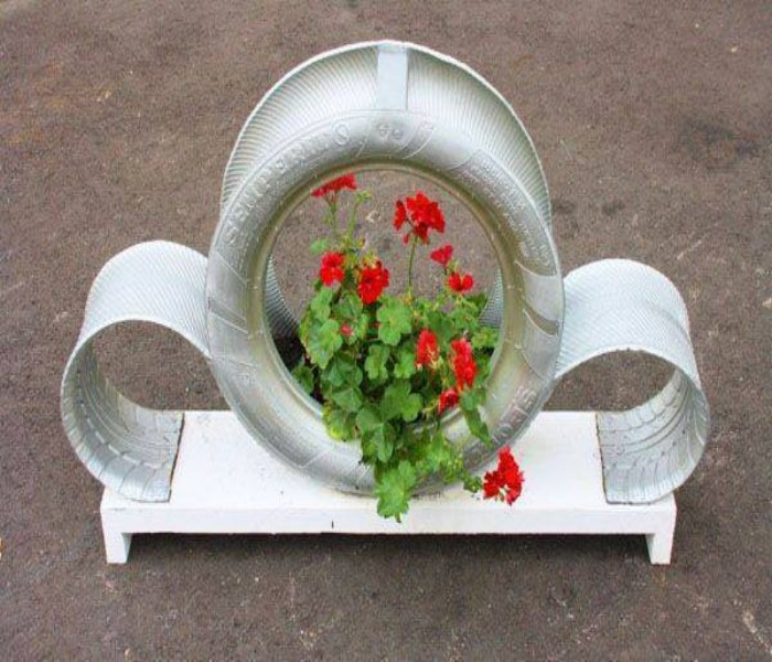 Ideas of Garden Using Used Tyre