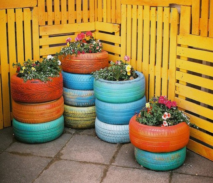 Ideas to Decor Garden Using Used Tyre