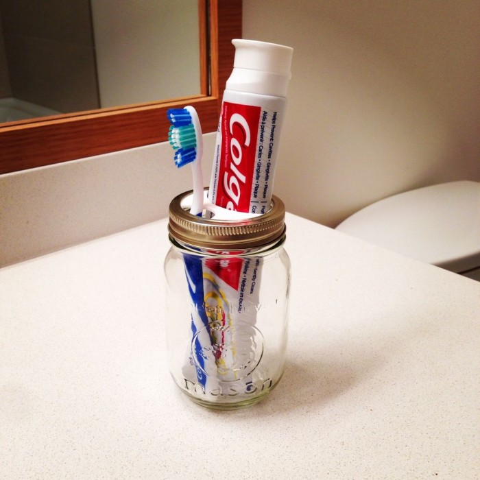 Jar Toothbrush Holder
