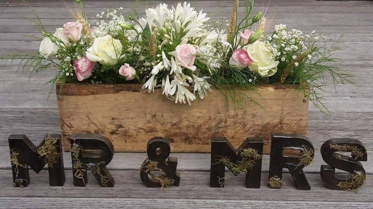 Wedding Center Pieces Made From Recycled Pallet