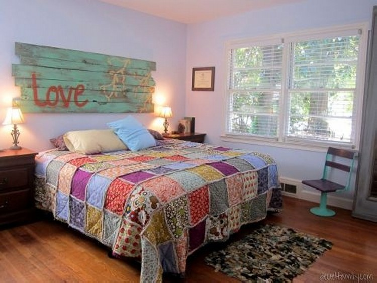 Wood Pallets Bed Headboard