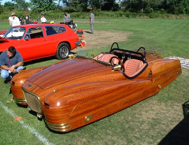 Wooden Upcycle to Car