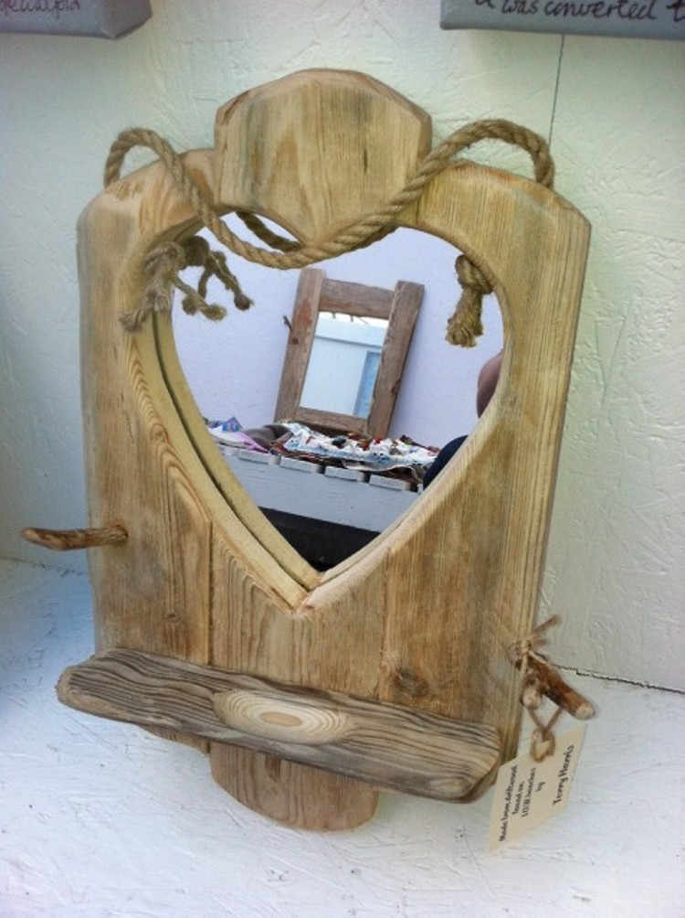 Driftwood Mirror Hearting