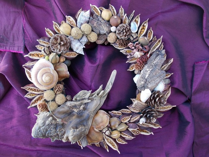 Driftwood wreath with seashells