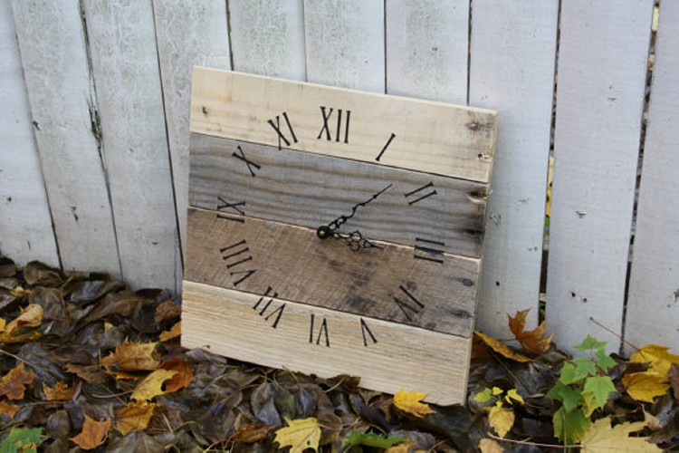 RECLAIMED WOOD Clocks