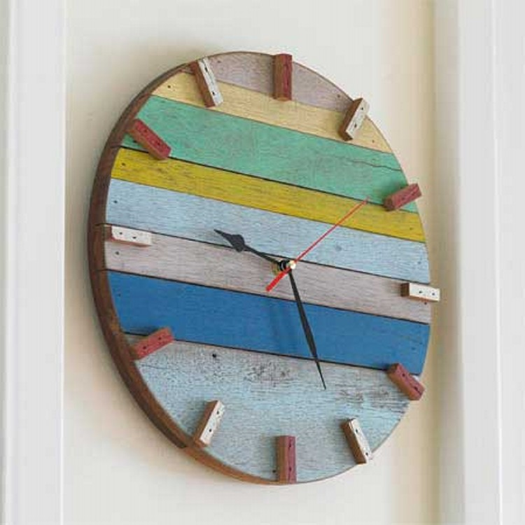 Reclaimed Wood Clock Ideas