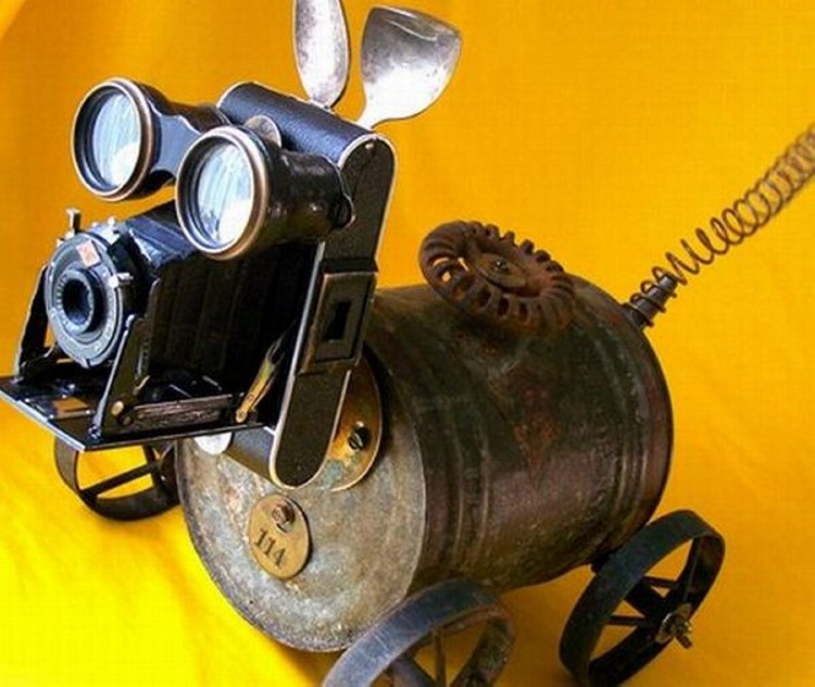Recycled robot Art