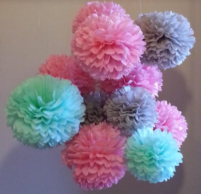 Tissue Paper Pom Poms Set