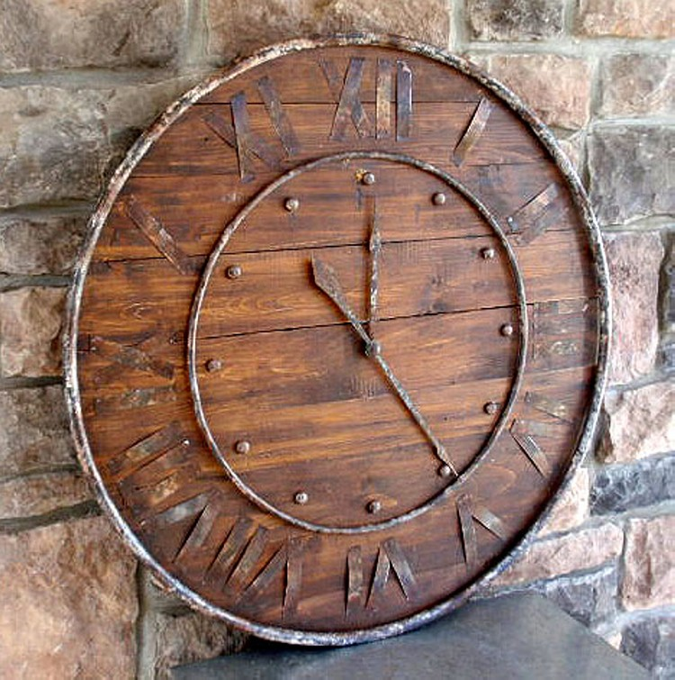 rustic-wood-and-metal-clock