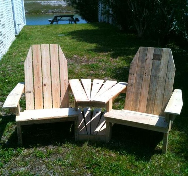 two seated Adirondack pallet chair
