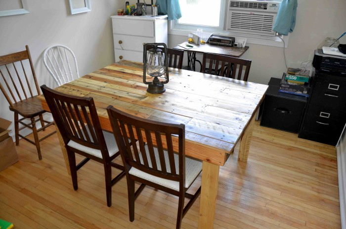 Dining Table Pallet