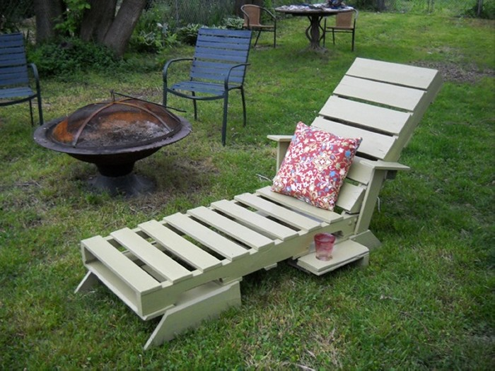 Outdoor Garden Pallet Furniture