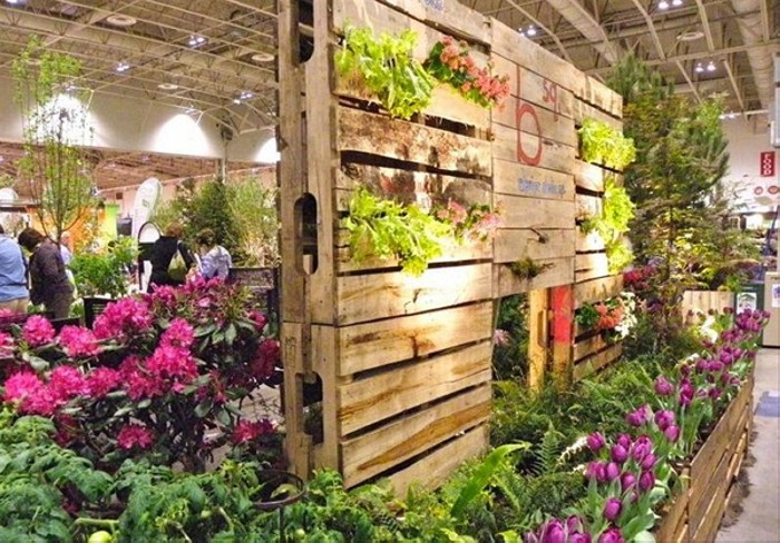 Pallet garden ideas upcycle art for Herb stand ideas