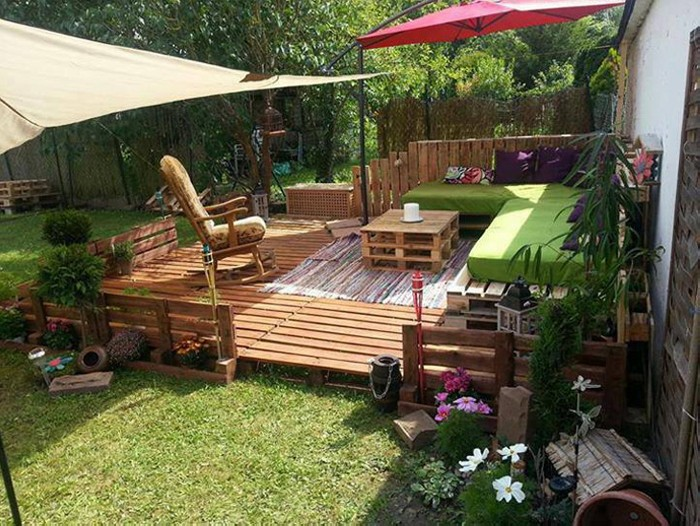 Pallet Wood Made Garden Deck