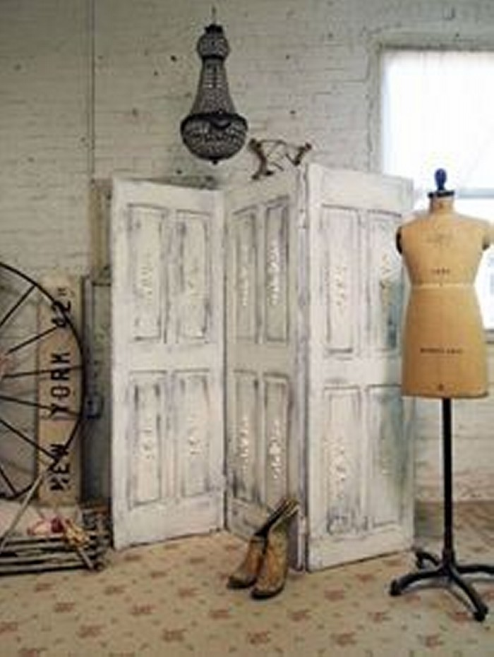Upcycled Wood Door Ideas