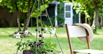 Wood Pallet Garden Swing Decor
