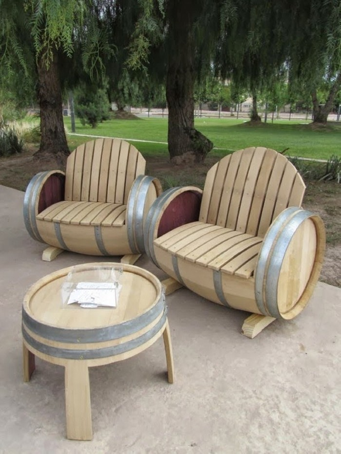 Wooden Barrel Patio Furniture Set