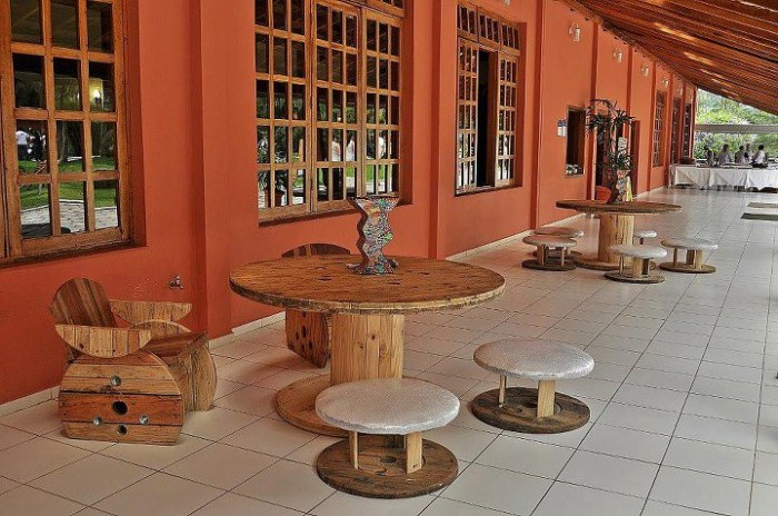 Wooden Cable Reel Outdoor Furniture