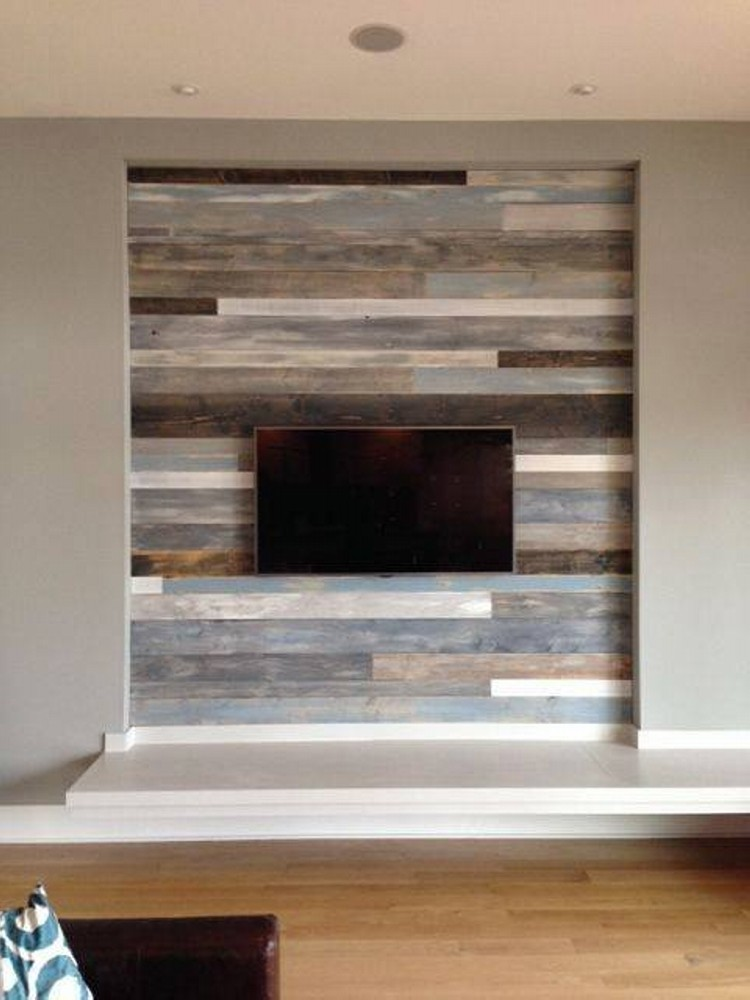 Accent wall out of wood pallets upcycle art - Wooden pallet accent wall ...