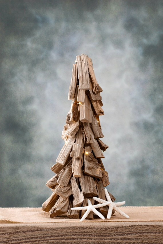 Cute Driftwood Christmas Tree