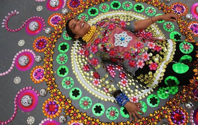 Glittering Gems Artist