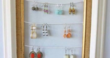 Old Photo Frames Jewelry Hanging