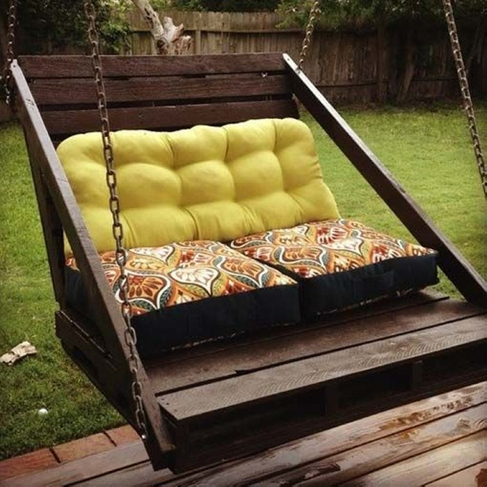 Recycled Old Pallets Swing