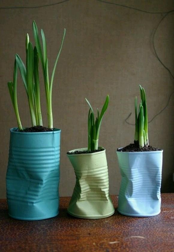 Upcycled Planter Pots Tins