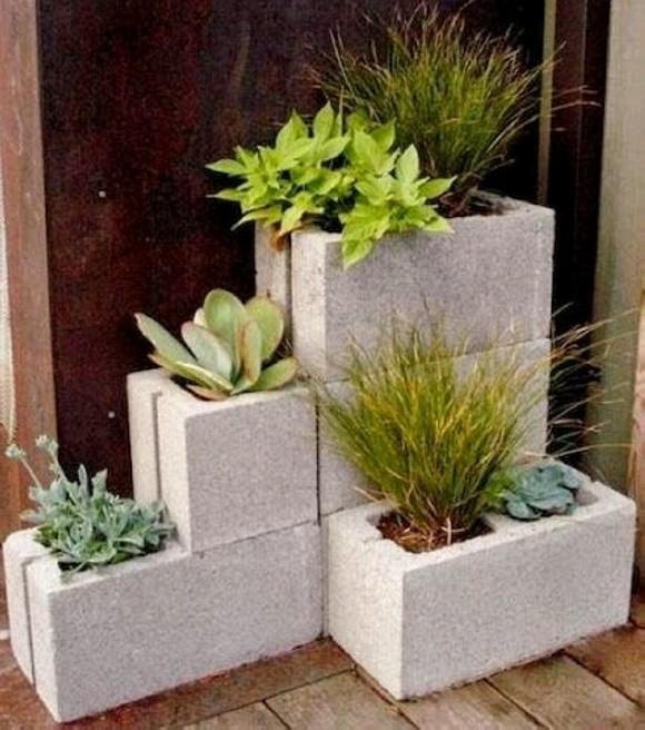 Upcycled Planter Pots with Cindar Blocks