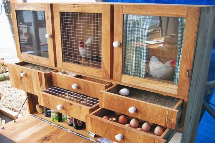 Wood Chicken Cabinet
