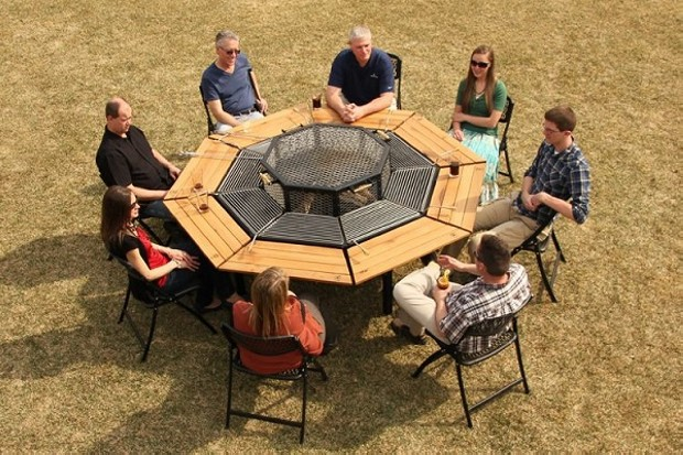 BBQ Table Design
