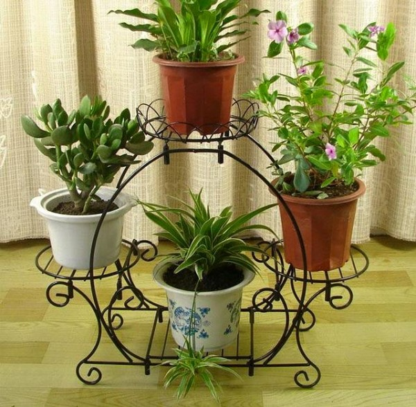 Decor with Iron Pot Stand