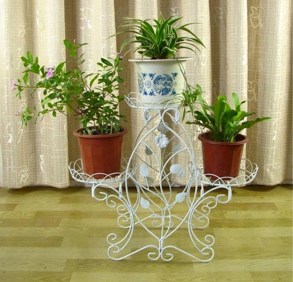 Iron Pot Stand Crafts