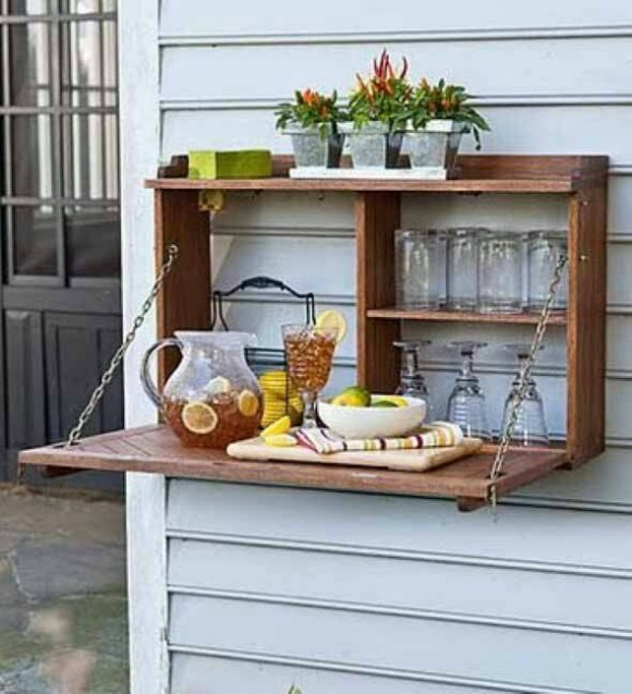 Outdoor Pallet Wine Bottle Holder