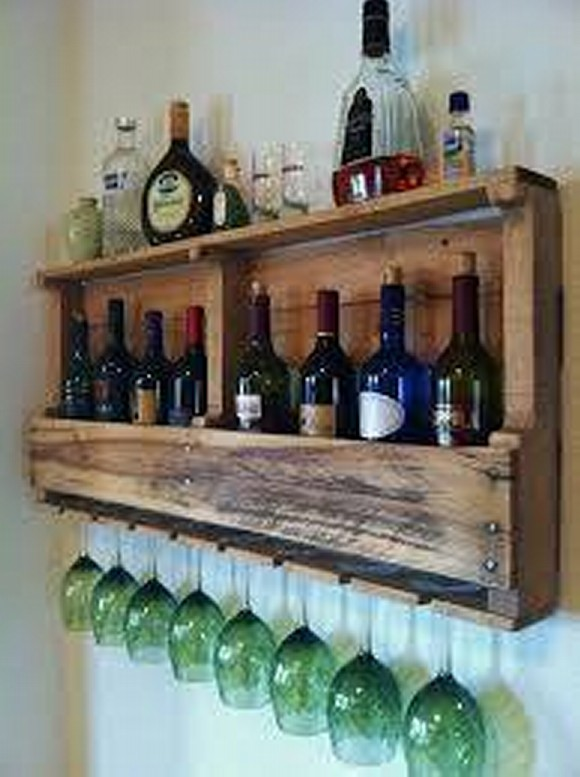 Pallet Bottle Holder