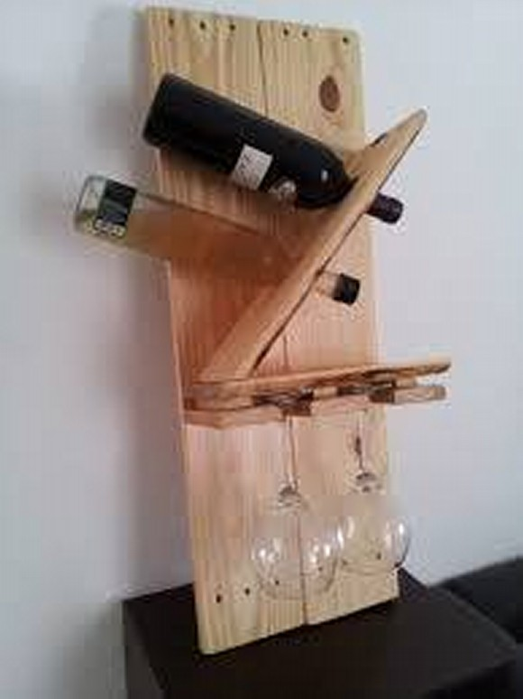 Pallet Bottle Holders