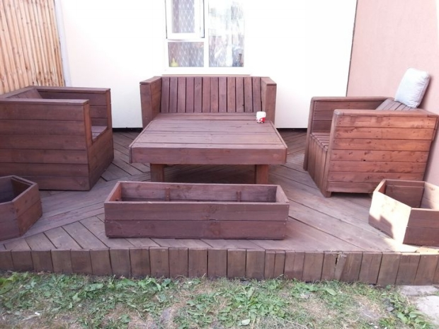 Pallet Deck Furniture Ideas