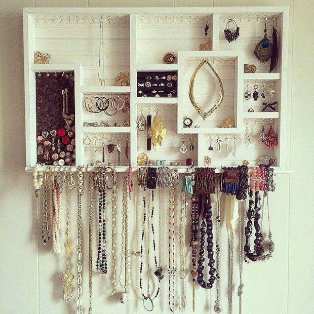 Pallet Wall Shelves for Jewelry