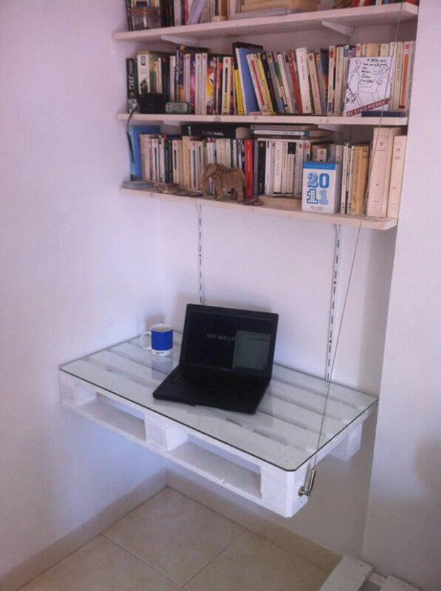 Pallet Wall Shelves with PC Desk