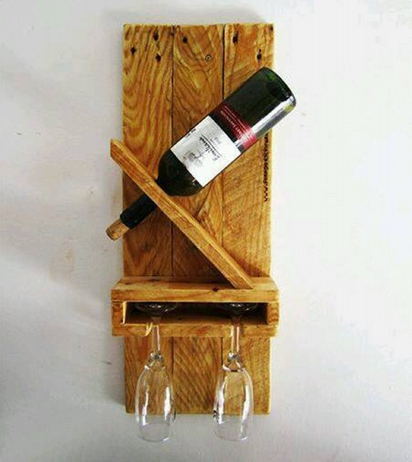 Pallet Wine Bottle Holding