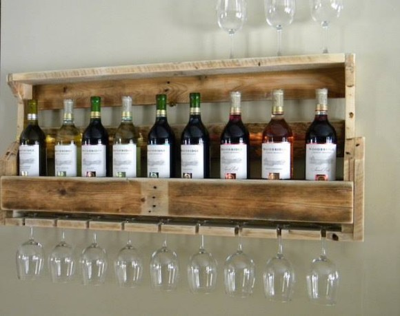 Pallet Wine Racks Bar