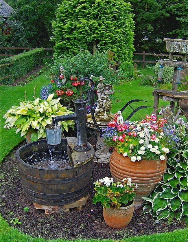 Upcycled garden fountain ideas upcycle art for Garden feature ideas
