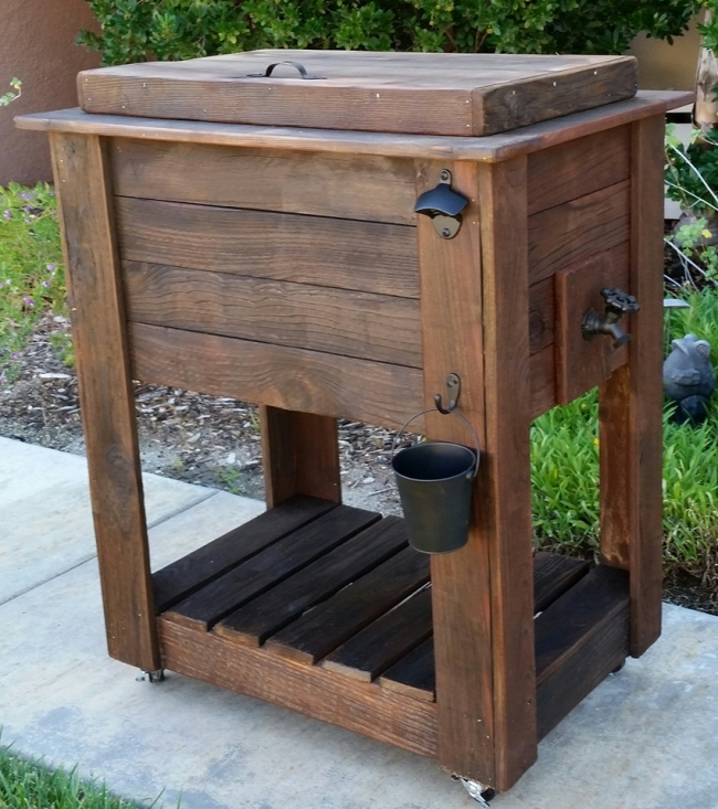 Upcycled rustic custom wood coolers upcycle art for Wooden beer cooler plans