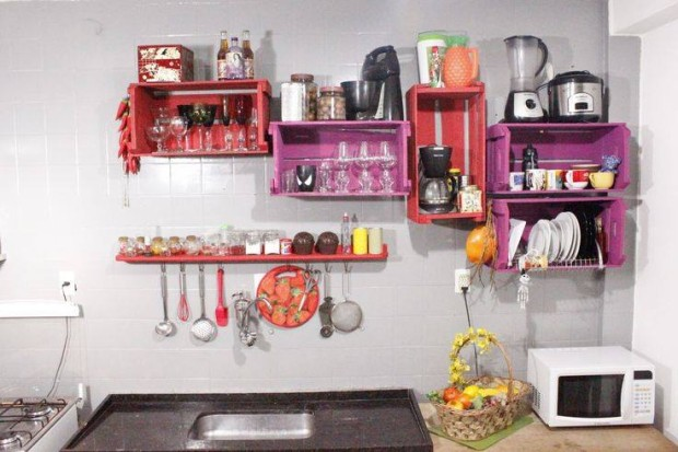 Upcycled Pallet Wall Kitchen Shelves