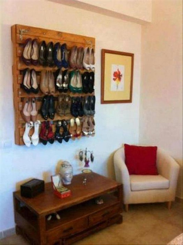 Upcycled Pallet Wall Shoe Shelves