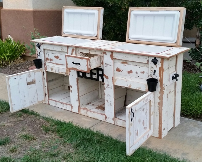 Upcycled Rustic Custom Wood Coolers 2