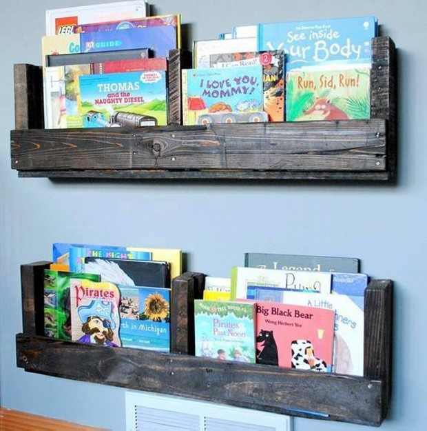 Wooden Pallet Wall Shelves